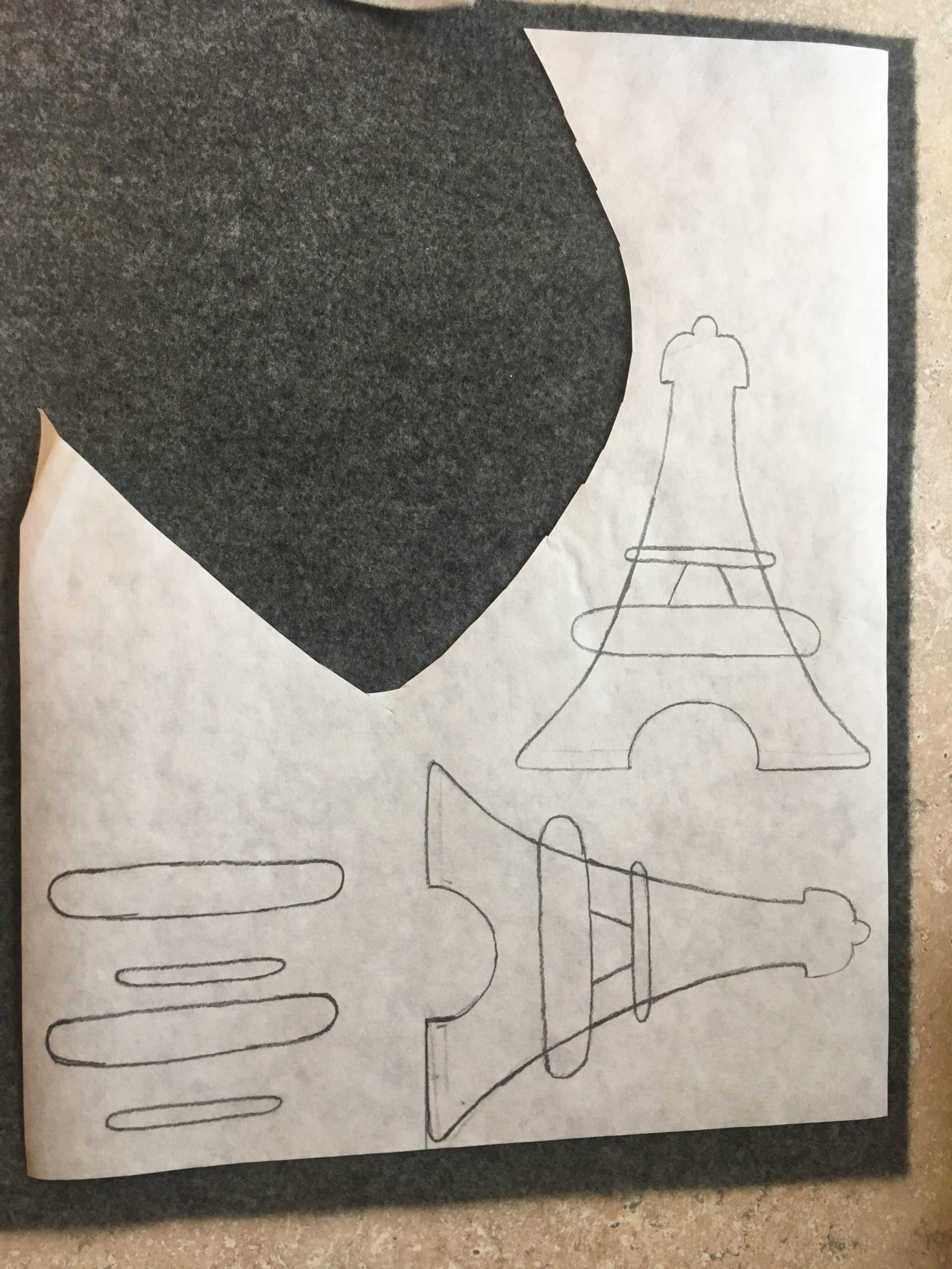 Dessins des motifs de Tour Eiffel sur papier ciré.
