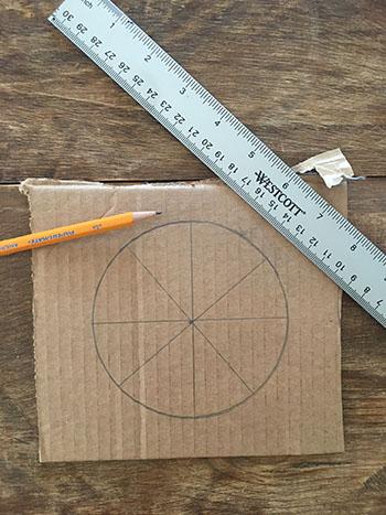Découper le cercle en 8 parties égales.